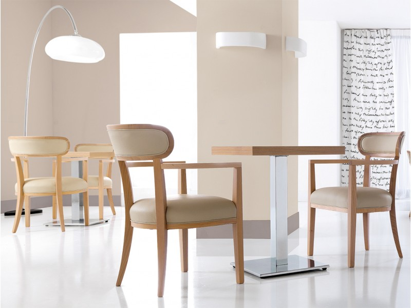 le choix des chaises pour caf conseils et techniques mat riel cuisine pro maroc. Black Bedroom Furniture Sets. Home Design Ideas
